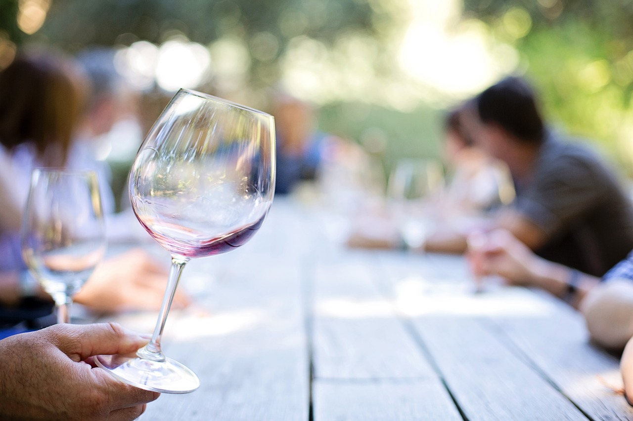 Azt mondják, lehet fehér bort inni a vörös után